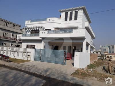 Sector C 6 Bed Rooms Double Unit House For Sale