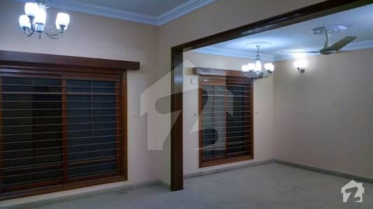 Dha Karachi  500 Sq Yd Ground Floor Bungalow Portion Rent