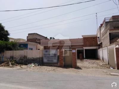 22 Marla Single Storey House For Rent.