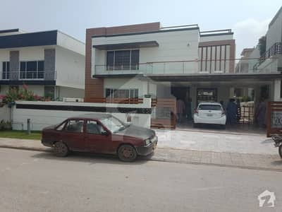 1 Kanal Amazing House In DHA