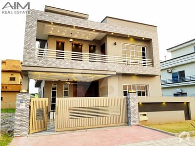 Amazing 10 Marla House For Sale In Bahria Town
