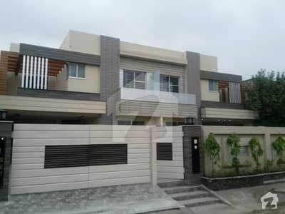 17 Marla Luxurious Pair Bungalow In Revenue Society Near UMT