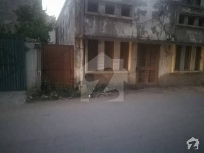 Old House For Sale In Samanabad