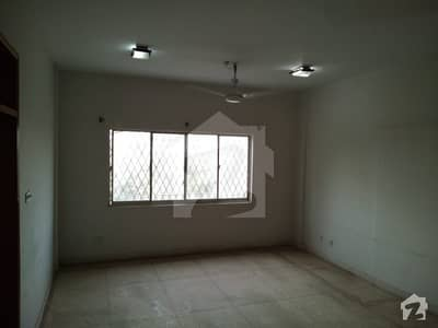 Clifton Garden Flat For Rent 4 Bedrooms Drawing Dining Out Class Flat