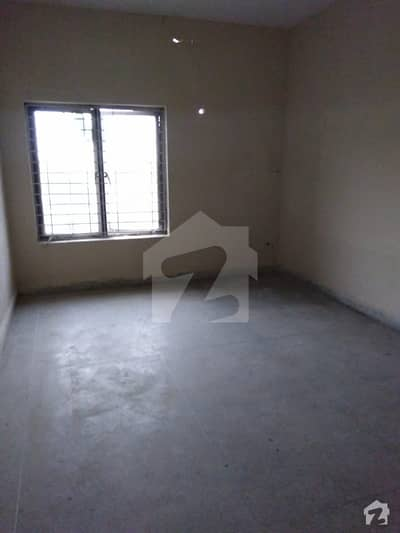 4 marla 2 bed attached bath flat with roof top for rent