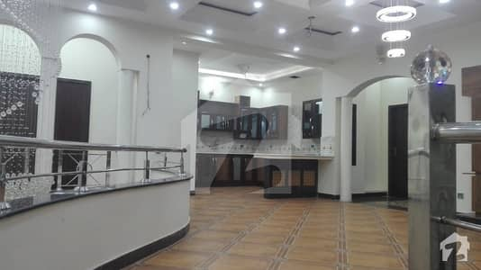 16 Marla Very Beautiful Upper Portion For Rent