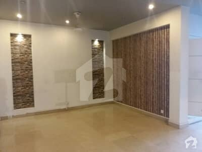 35x70 Upper Portion For Rent In G-13