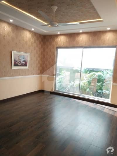 Brand New One Kanal Luxury Upper Portion For Rent