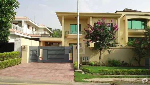 F-10 - 511 Sq. Yd Double Storey House 5 Bedrooms Marbled Price 7 Crore