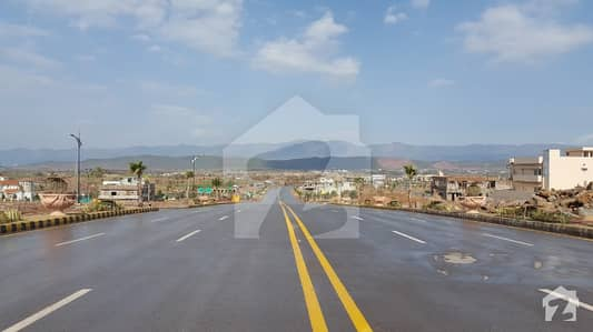 Sector N - 5 Marla Boulevard Plot Is Available For Sale