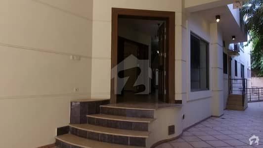 F7 Semi Furnished 4 Bedrooms Full House Available For Rent