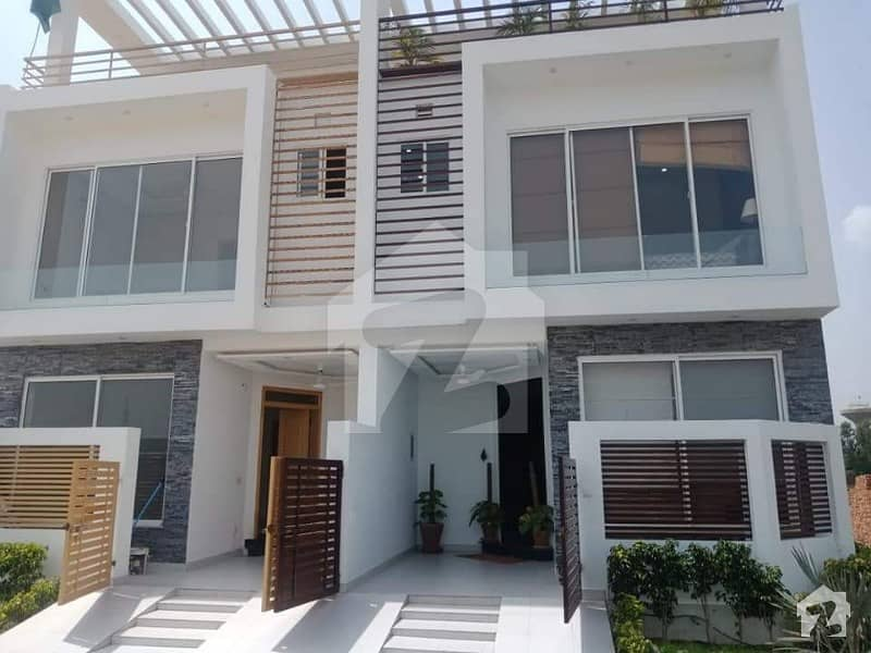House on 3 years easy installments at Lahore hot location