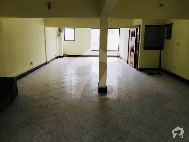 Umar Block Bahria Town Phase 8 Rawalpindi       Upper Portion For Sale