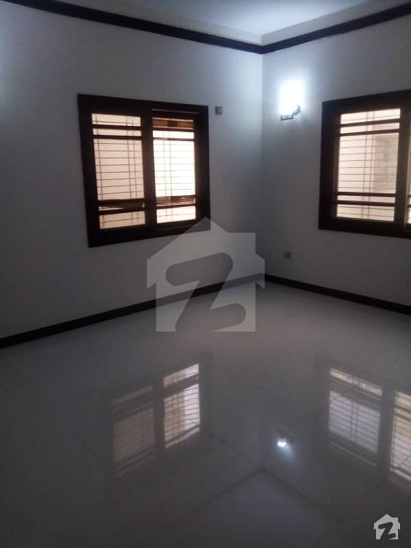 Portion For Sale In KDA Scheme 1 With Roof