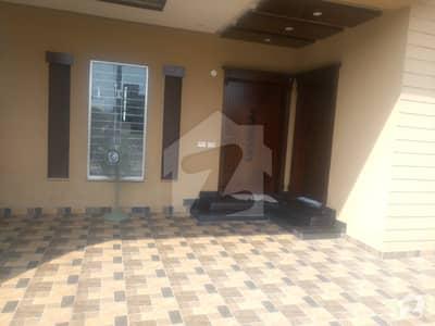 10 Marla Brand New House For Sale In Tariq Gardens