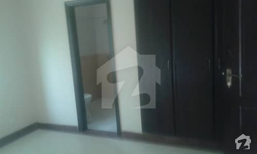 Brand New 7 Marla Ground Floor Flat Available For Rent