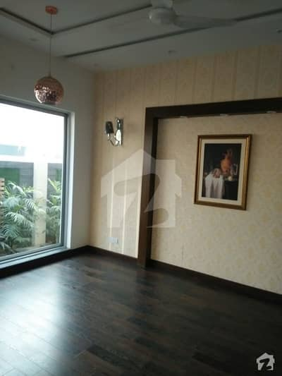 One Kanal Fascinating Upper Portion Very Beautiful 4 Bedroom