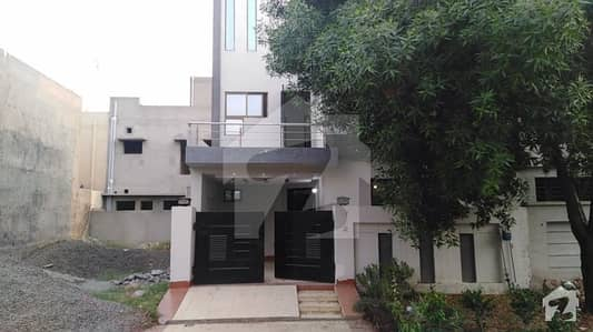 5 Marla Luxury House Is Available For Sale