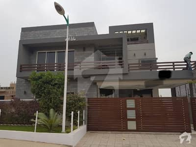 7 Bedrooms 3 Units House Covered Area 8600 Sq. ft Wood Work Of Diyaar Spanish Tiles Up To Roof Level