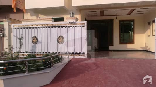 10 Marla 35x70 Brand New Upper Portion For Rent In G13 Islamabad