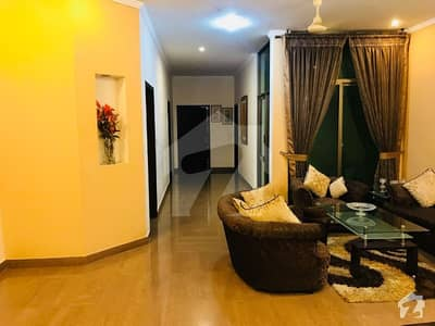2 Kanal Double  Unit Owner Built Bungalow For Sale