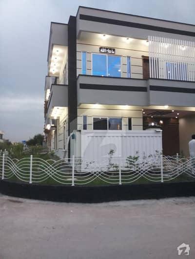 Corner Beautiful Lavish Brand New House 30x60 G13 Islamabad