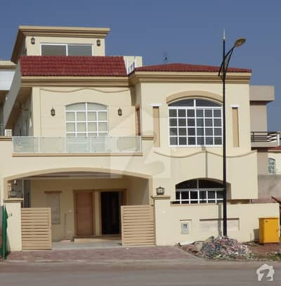 Luxury Style Villa For Sale In Bahria Enclave