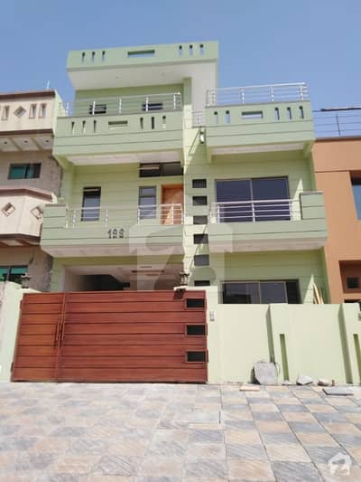 166 sqyrd Brand New Beautiful House for Sale in E11 Islamabad