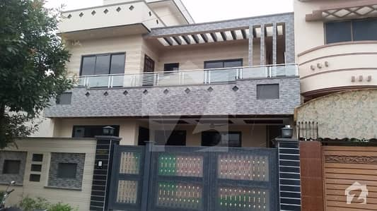 10 Marla New House For Sale