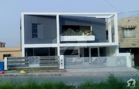 kinal size brand new house in bahria ph 3