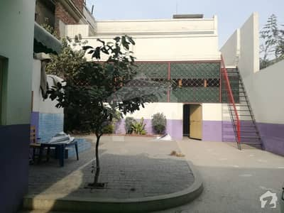 House For Sale  At D Block People's Colony No 1 Faisalabad