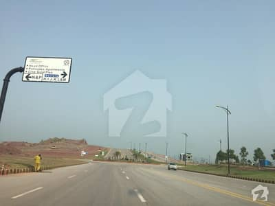 8 Marla Corner Plot In Bahria Enclave - Sector P Street No. 9A