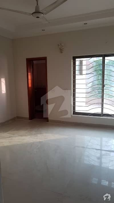 10 Marla Hose For Sale In Punjab Society Near DHA