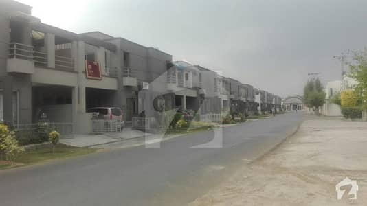 10 Marla 5 Bed Rooms House For Sale