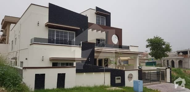 Kanal House For Sale In Sector H
