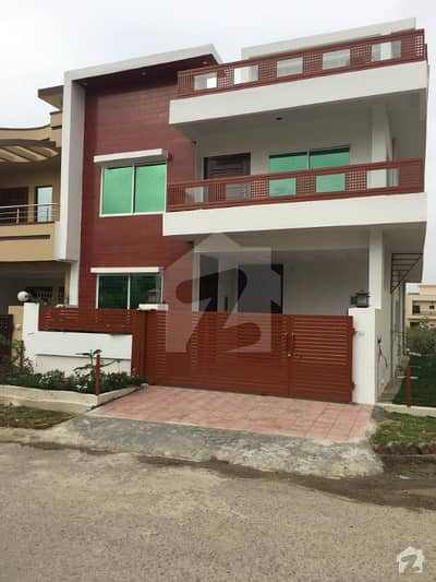 7 Marla Corner House For Sale In Jinnah Garden