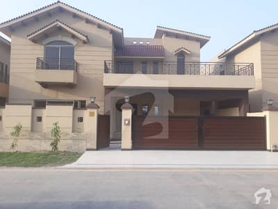Brand New 17 Marla 5 Bedrooms Brigadier House Available For Rent