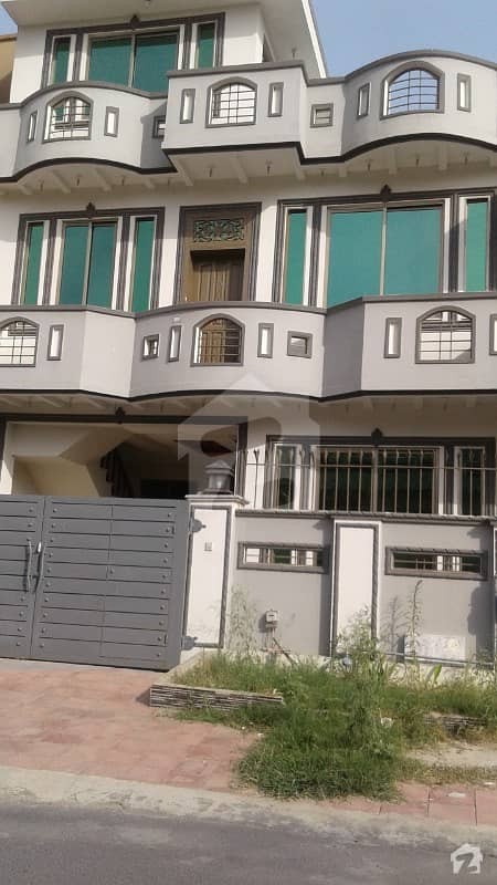 F11 House Is Available On Nice Location For Sale