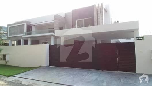 32 Marla Brand New Villa For Sale In Sarwar Colony