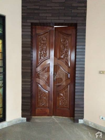 Cantt 12 Marla Bungalow Near To Polo Ground For Sale