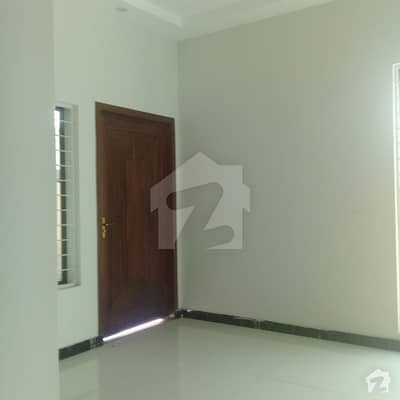 10 Marla Brand New House For Sale In Architect