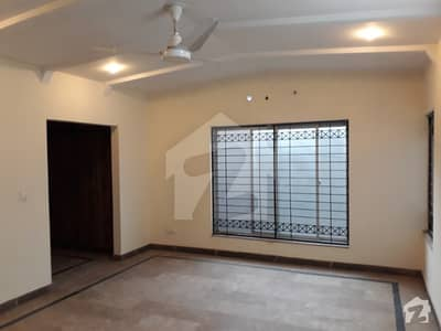 1 Kanal Lower Portion 3 Bedroom For Rent