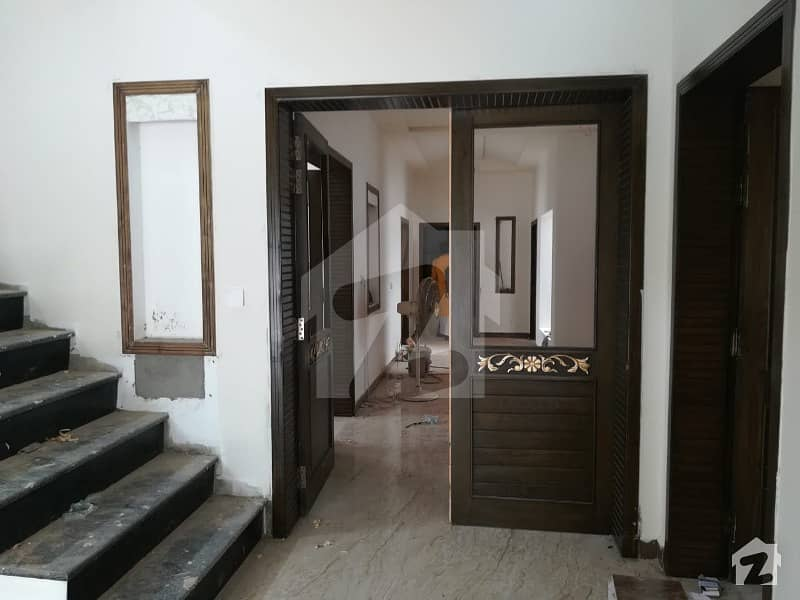 Brand New VIP Bungalow Available For Sale At Sheikhupura Road