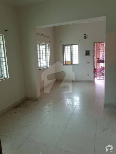 1 bed flat for rent pchs near dha on ground floor