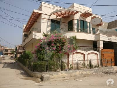 Farooq Colony Corner Double Storey House For Sale