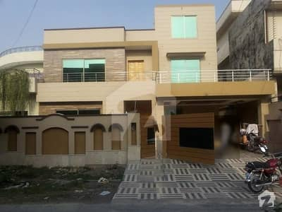 Punjab Govt Ph ll near wapda town 1kanal Brand new solid bungalow is available for urgently sale proper double unit