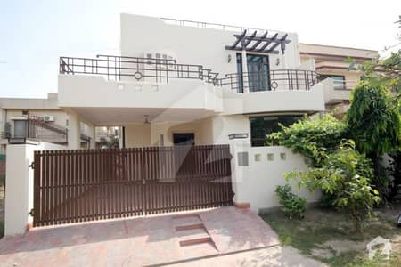 10 Marla Beautiful House For Rent In DHA Phase 4