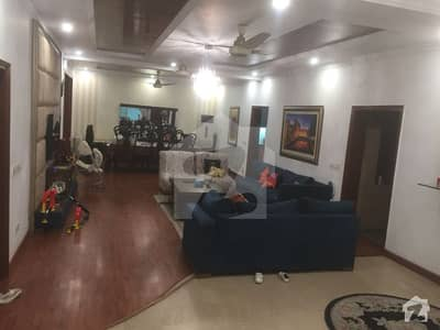 1 Kanal Fully Renovated House In Model Town Near Park