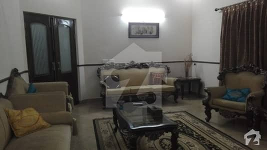 Kanal corner double unite bungalow in sui gas with real pics