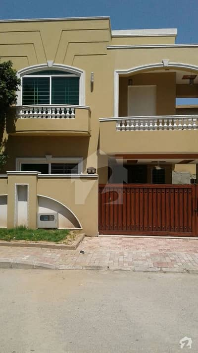 10 Marla Full House For Rent In Bahria Town Phase 3